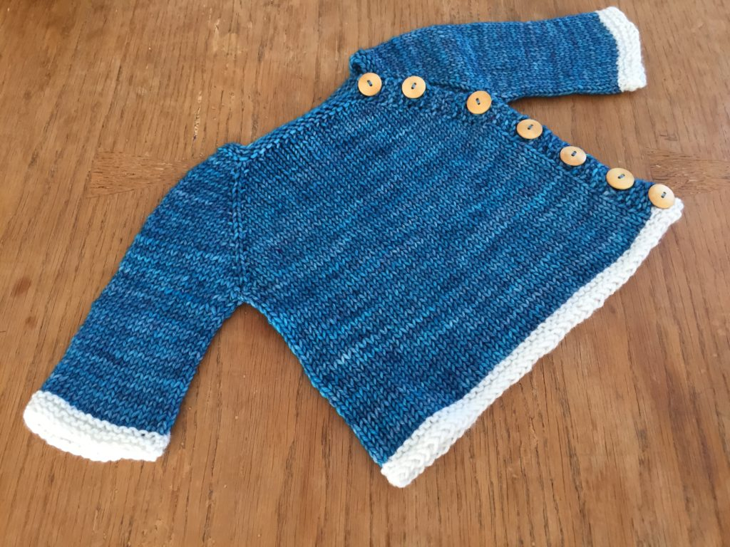 Babypullover stricken